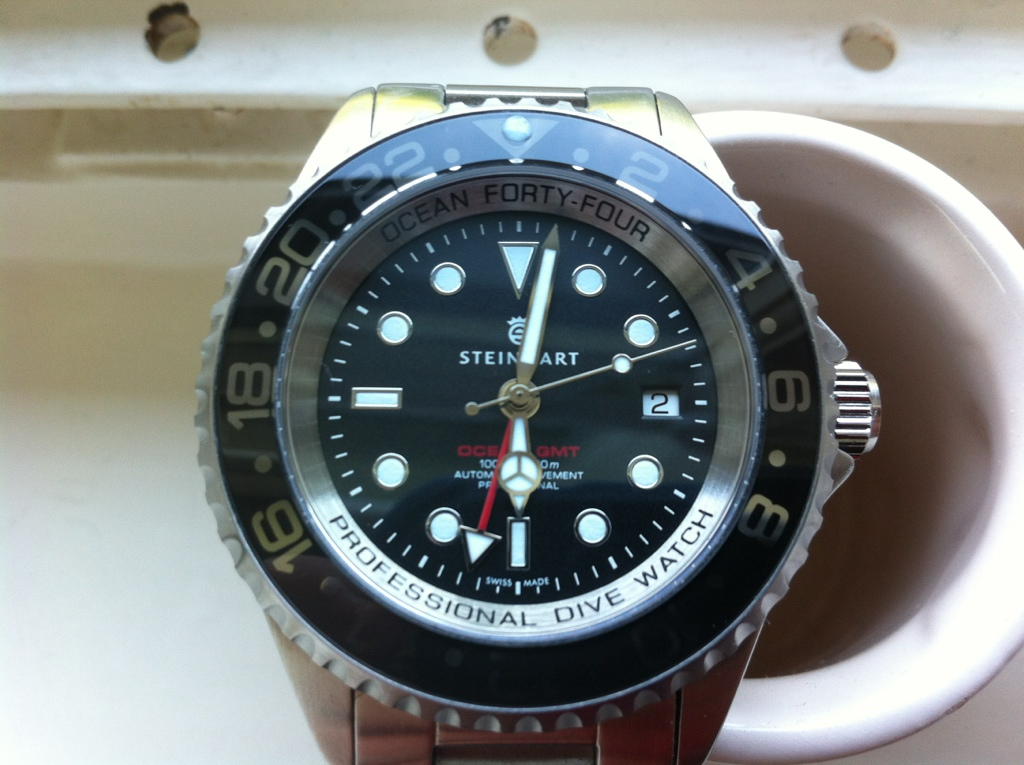 Forty Four Gmt Black