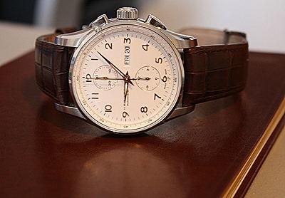 brown Hamilton JazzMaster Maestro Auto Chrono Watch Review